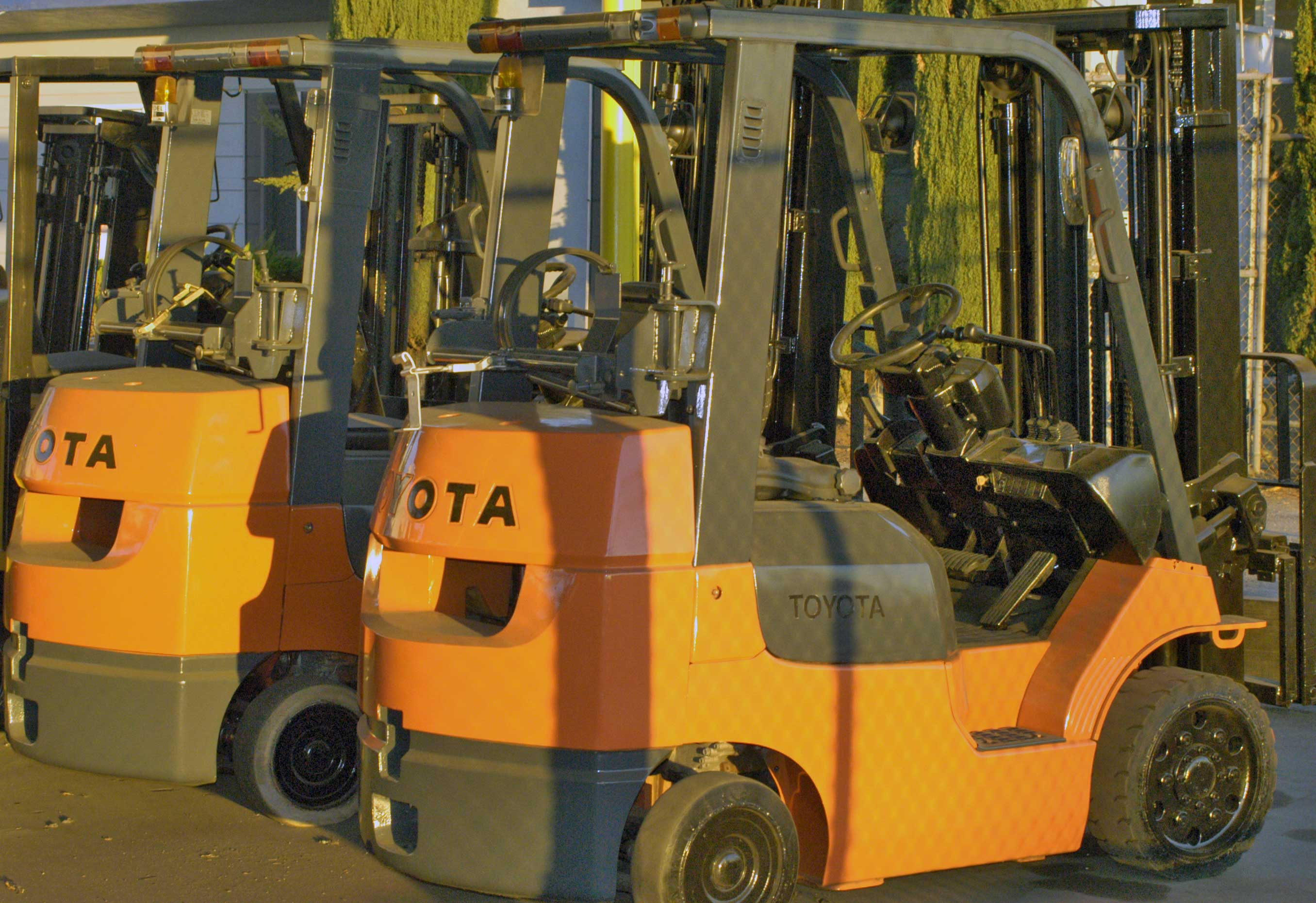 Forklift rentals and material handling equipment click here for forklift rentalsmaterial handling equipmentforklift operator certificationforklift service xflitez Gallery